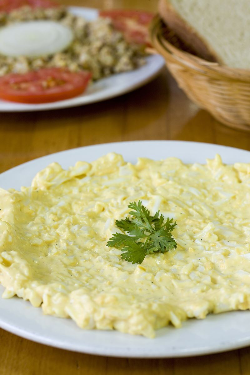 סלט ביצים לאירוע כשר. צילום בועז לביא