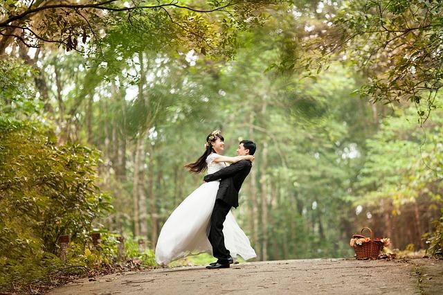 קייטרינג לחתונה בטבע