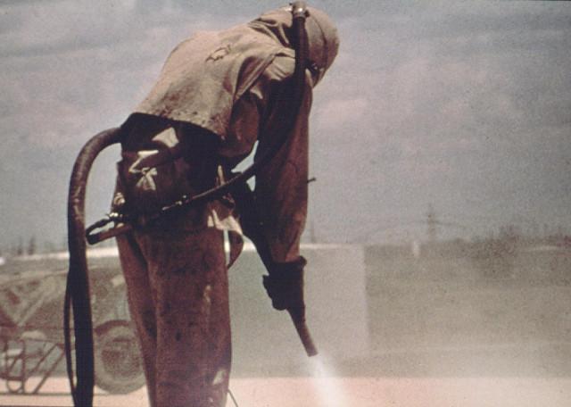 המומחים בניקוי בהתזת חול - כל סוגי עבודות ניקוי בחול