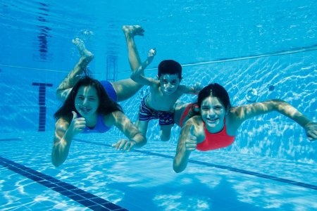 קייטנת שחייה בריכת חגור